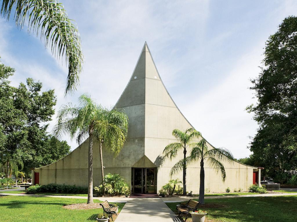 St Paul Lutheran Church Sanctuary, Photo: Greg Wilson