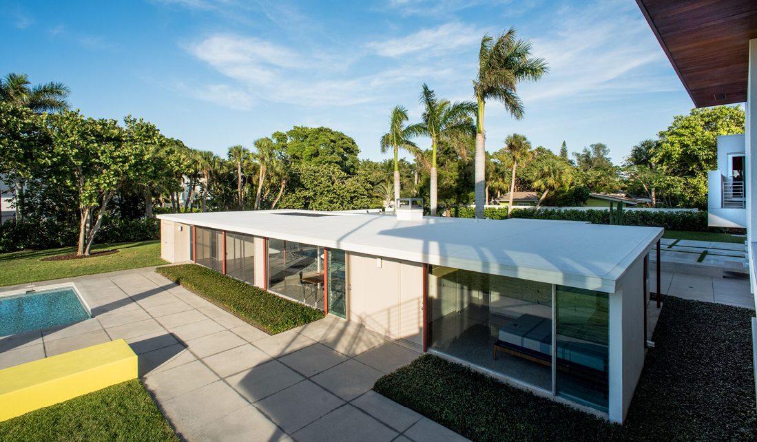 Revere Quality House, Architect: Paul Rudolph, Photo: Wayne Eastep